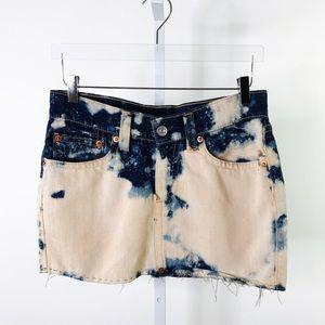 VINTAGE LEVIS | Dura Acid Wash Denim Skirt S